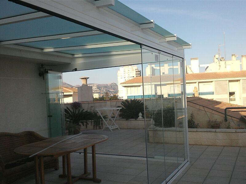 Sin perfiles precio trendy elegant qu tipo de material - Cuanto cuesta cerrar una terraza ...